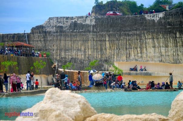 Danau Biru Bukit Jaddih 02
