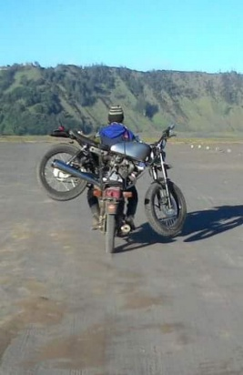 Motor mogok di Bromo_CB