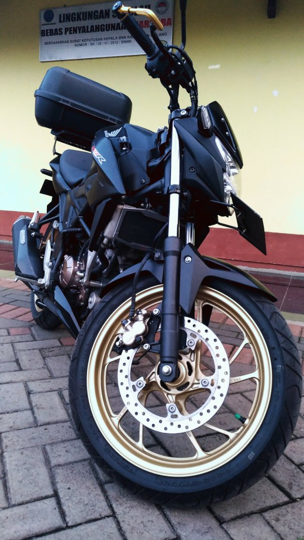 maisibi - honda new cb150r stallion black_1578797972..jpg